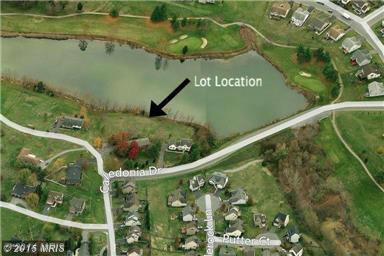 Twin Lakes Cir, Martinsburg, WV 25405