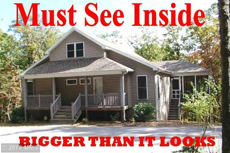 1353 Lodge Rd, Hedgesville, WV 25427