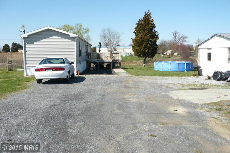 100 Dee Dee Ln, Martinsburg, WV 25404