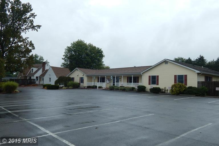 1206 Williamsport Pike, Martinsburg, WV 25404