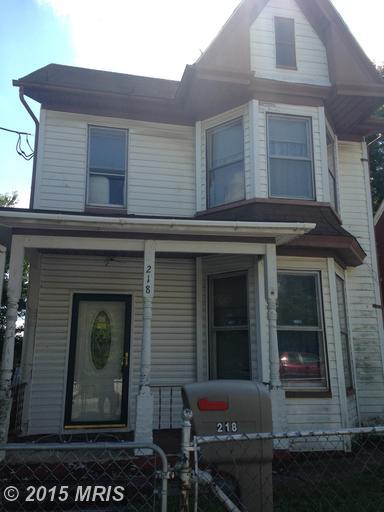 218 E Liberty St, Martinsburg, WV 25404
