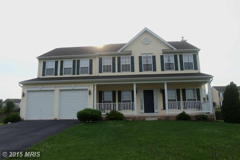 625 Crushed Apple Dr, Martinsburg, WV 25403