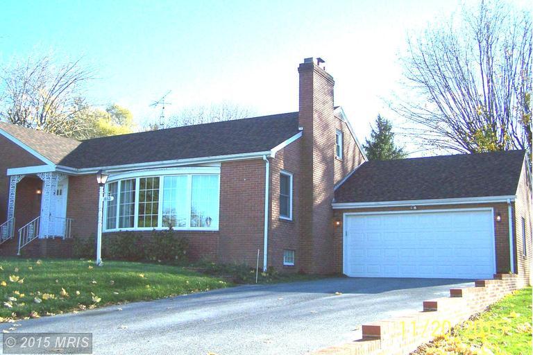 1605 W King St, Martinsburg, WV 25401