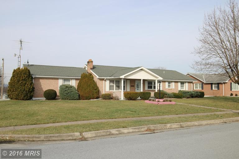 351 Richard St, Martinsburg, WV 25404