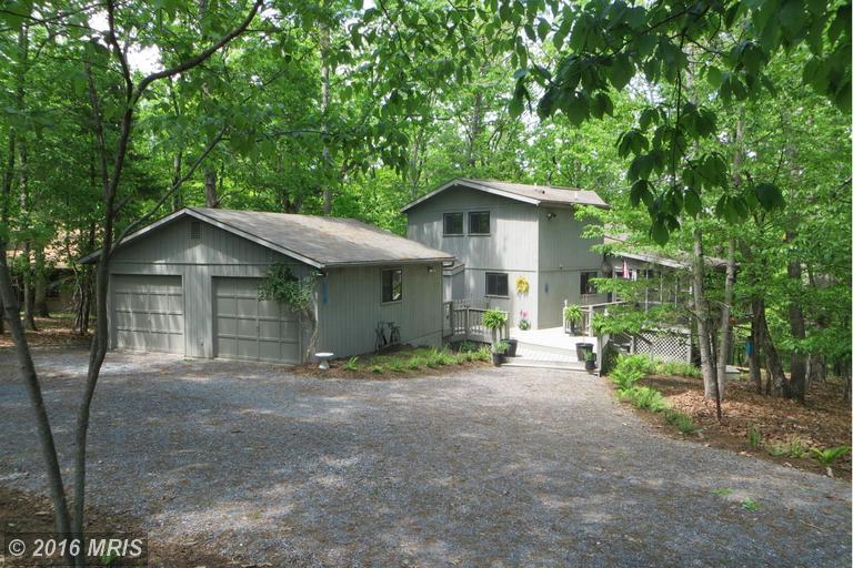 348 Pathfinder Ln, Hedgesville, WV 25427