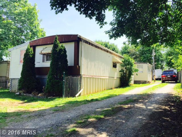 1704 Williamsport Pike, Martinsburg, WV 25404