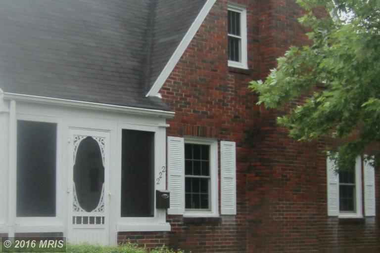 222 S Tennessee Ave, Martinsburg, WV 25401