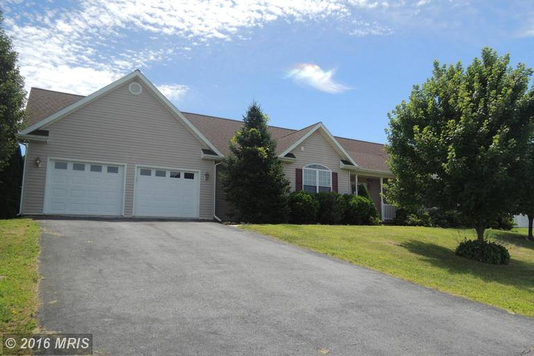 35 Conscription Way, Hedgesville, WV 25427