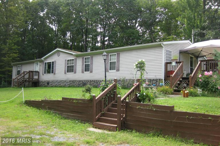 52 Butts Mill Rd, Hedgesville, WV 25427