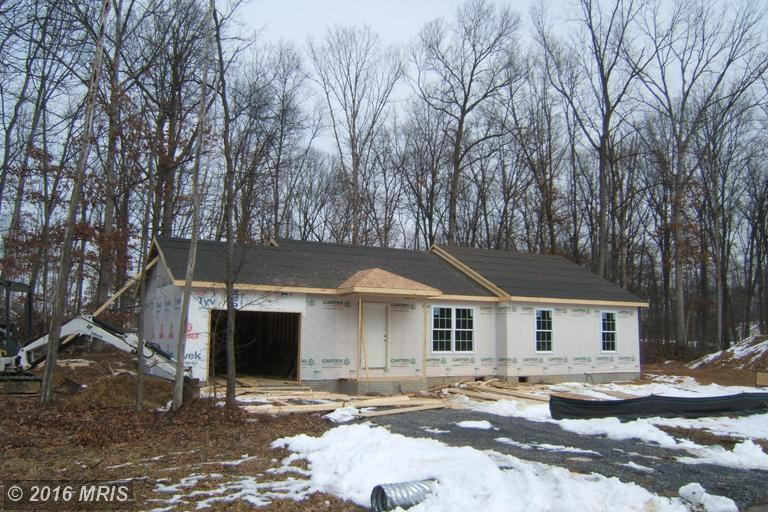 Wallace Ave, Inwood, WV 25428