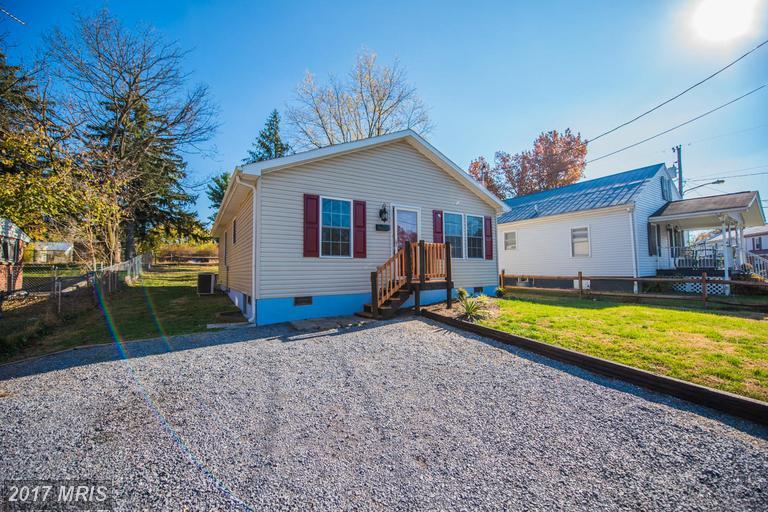 228 Walnut St, Martinsburg, WV 25401