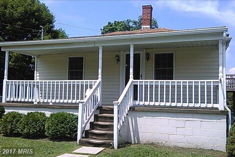 322 Oak St, Martinsburg, WV 25401