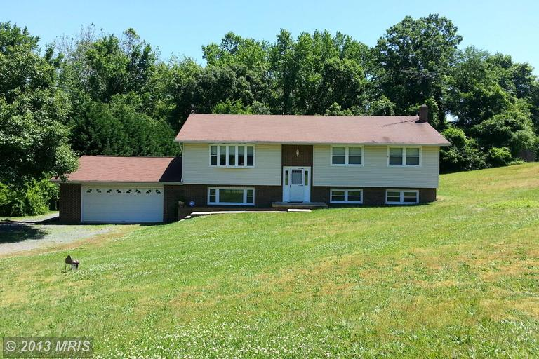 130 Turnabout Ln, Huntingtown, MD 20639