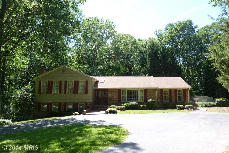 3810 Hollyberry Dr, Huntingtown, MD 20639