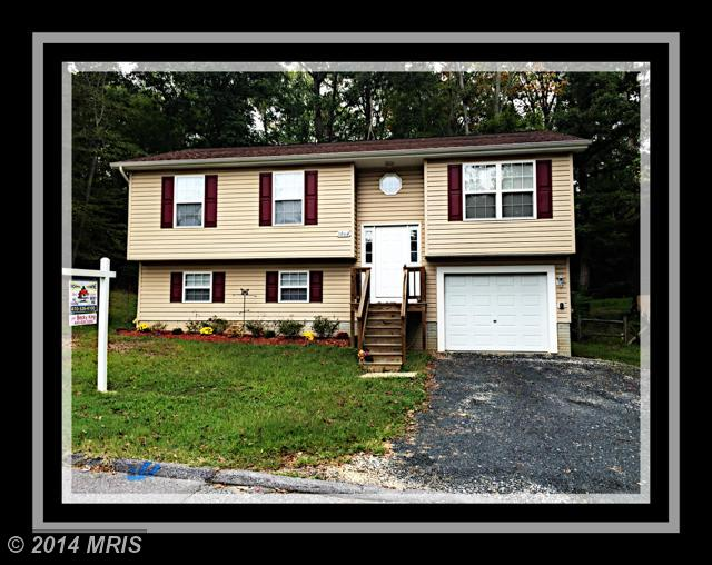 1060 Rimrock Rd, Lusby, MD 20657