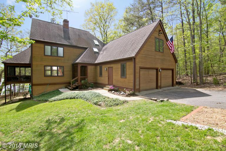 211 Sailboat Ct, Lusby, MD 20657