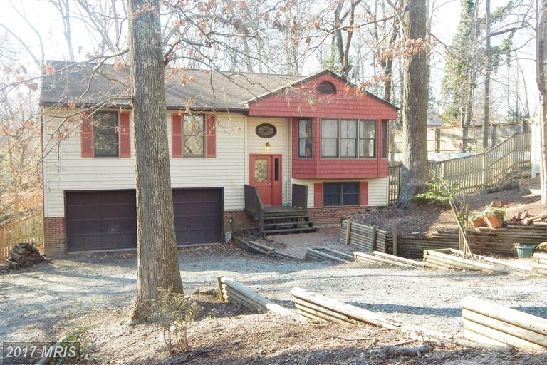 8240 Leigh Ct, Owings, MD 20736