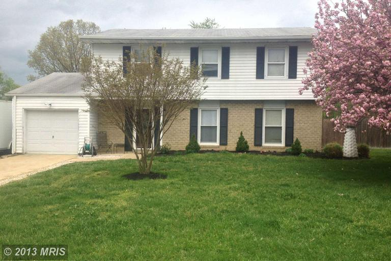 2068 Red Spruce Ct, Bryans Road, MD 20616
