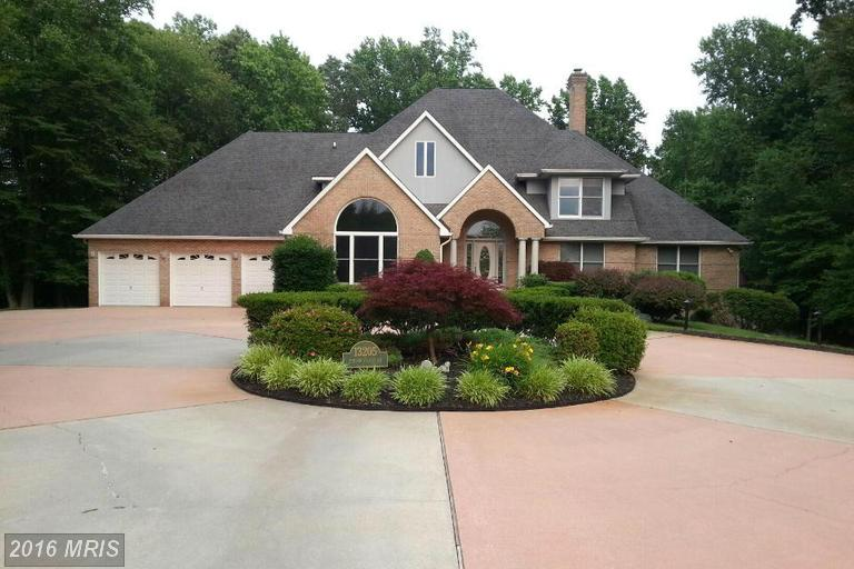 Image of Residential for Sale near Waldorf, Maryland, in Charles county: 15.19 acres