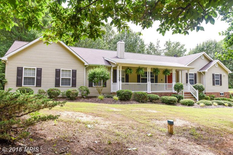5950 Gary Dr, Welcome, MD 20693