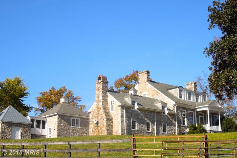 187 Riverside Farm Ln, Berryville, VA 22611