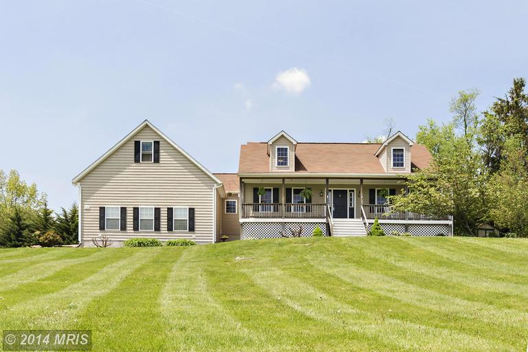 3740 Line Dr, Lineboro, MD 21102