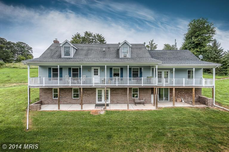 5120 Haines Ln, Taneytown, MD 21787