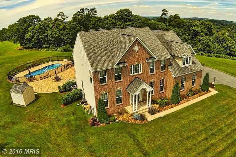498 Summit View Dr, Westminster, MD 21158