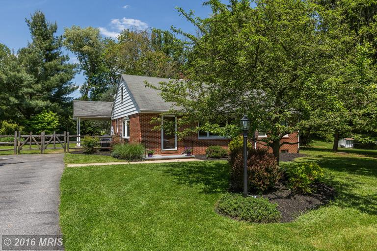 6516 Panorama Dr, Sykesville, MD 21784