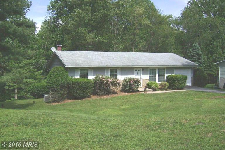5805 Dale Dr, Sykesville, MD 21784