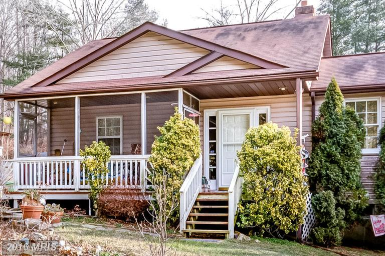1319 Tannery Hill Rd, Westminster, MD 21157