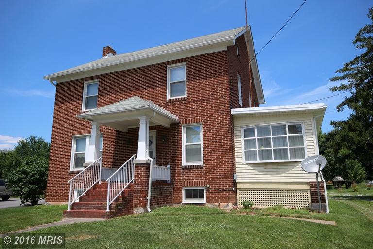 323 E Baltimore St, Taneytown, MD 21787