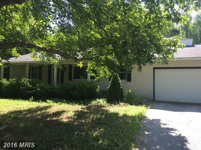 903 Winchester Dr, Westminster, MD 21157