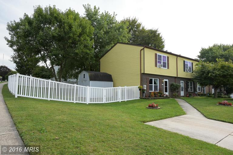801 Ewing Dr, Westminster, MD 21158