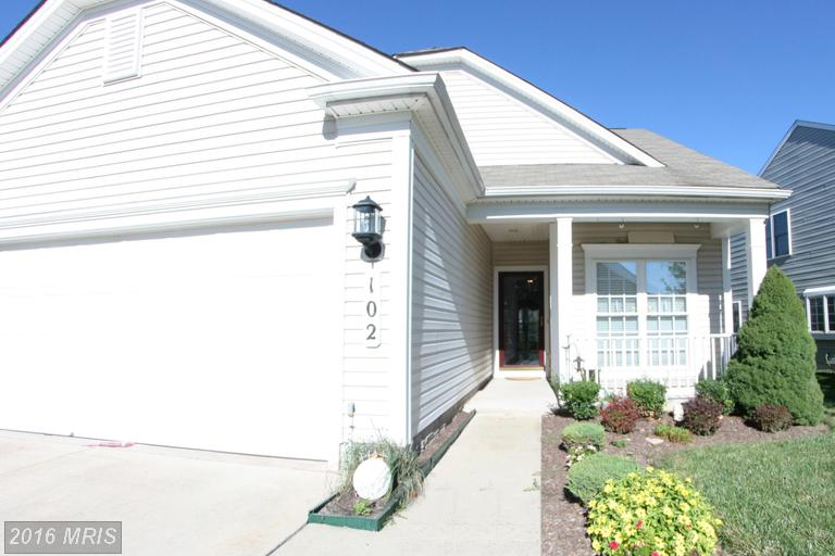 102 Butterfly Dr, Taneytown, MD 21787