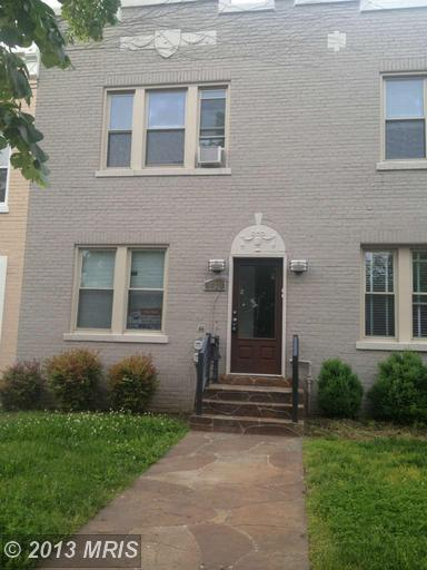1628 D St SE, Washington, DC 20003