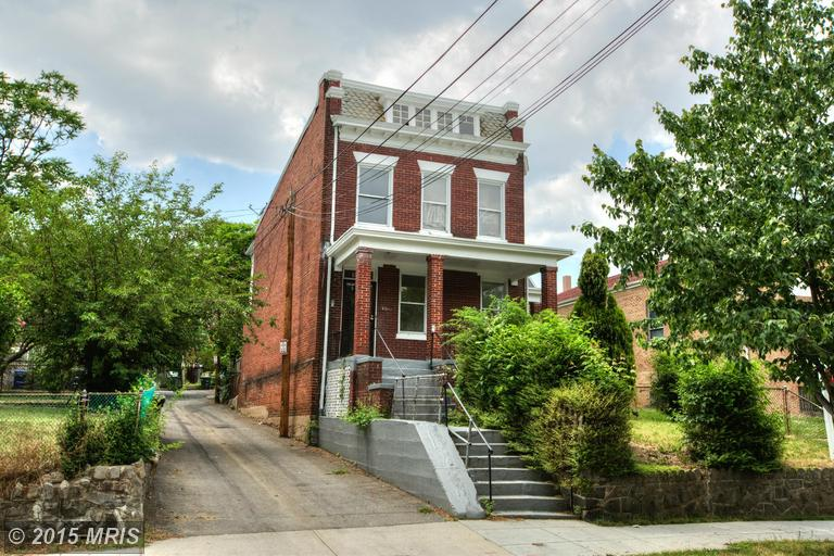 1812 3RD STREET NORTHEAST, one of homes for sale in Ivy City