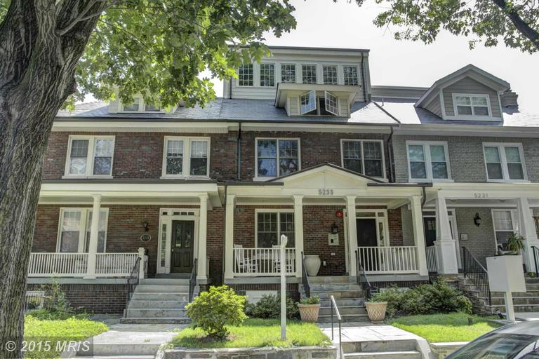 One of Colonial Village 1 Bedroom Homes for Sale