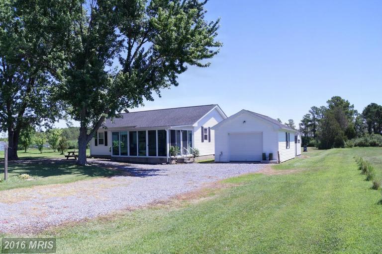 4251 Robinson Neck Rd, Taylors Island, MD 21669