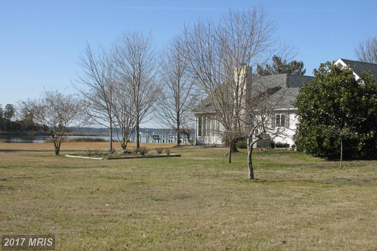 1418 Town Point Rd, Cambridge, MD 21613
