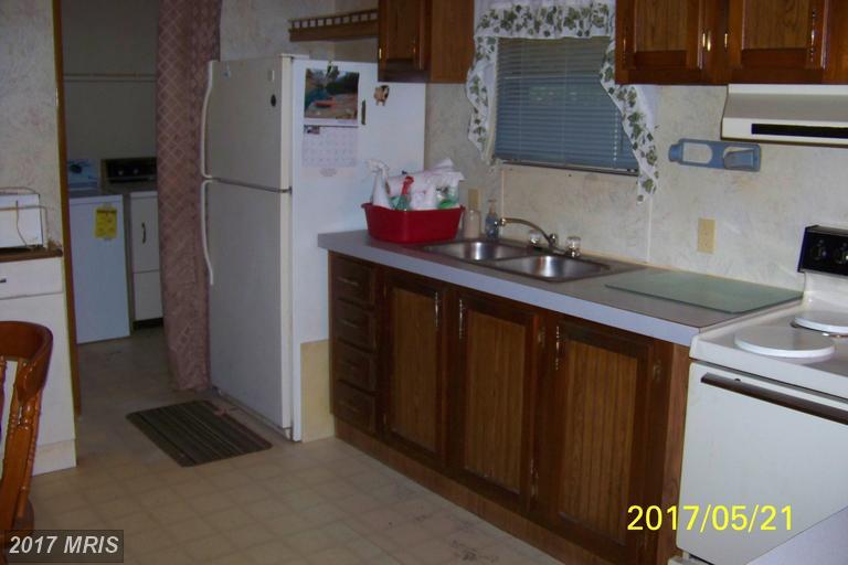 1361 Laytons Landing Rd, Champlain, VA 22438