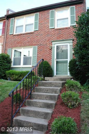 135 W Annandale Rd, Falls Church, VA 22046