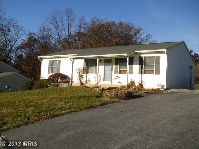 3555 Harold Pl, Greencastle, PA 17225
