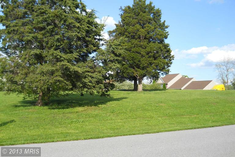 Tall Cedar Ln, Greencastle, PA 17225