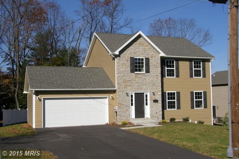 15801 Valley Ave, Blue Ridge Summit, PA 17214