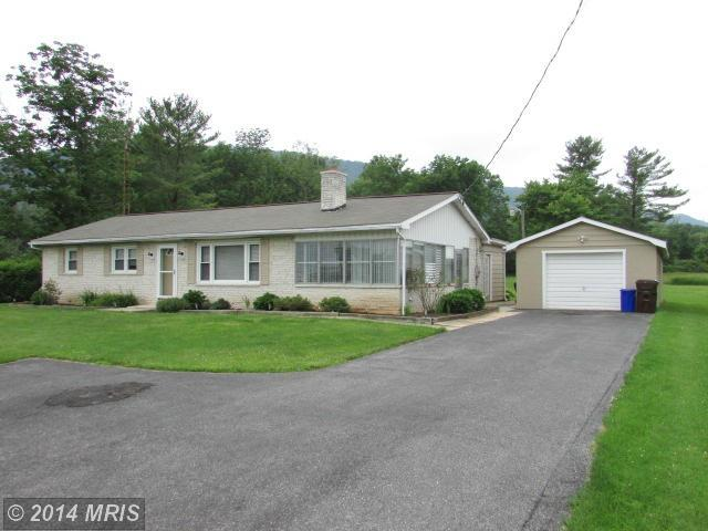 11507 Forge Hill Rd, Orrstown, PA 17244