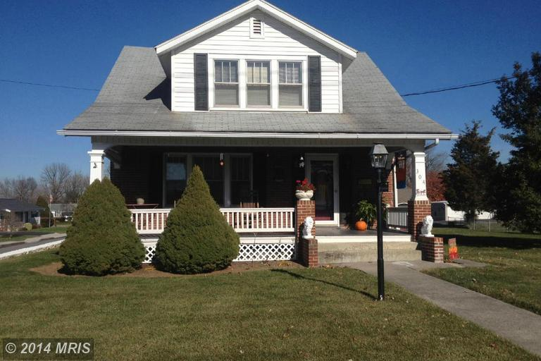 304 E Grant St, Greencastle, PA 17225