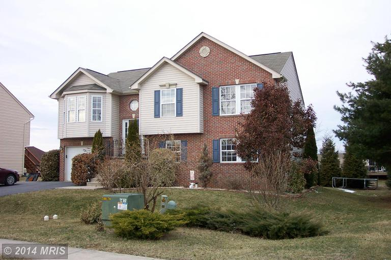 168 Rocky Fountain Dr, Greencastle, PA 17225