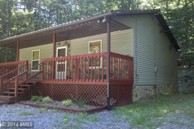22554 Maple Ln, Amberson, PA 17210