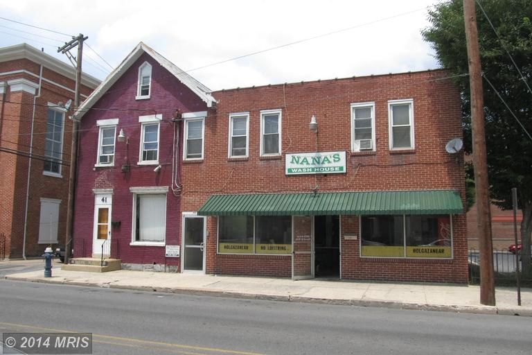39 W Washington St, Chambersburg, PA 17201
